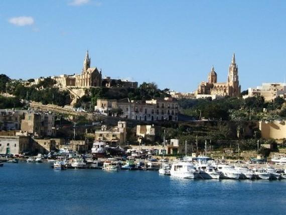 Malta la meravigliosa isola vicinissima all italia evolution travel - Malta a novembre bagno ...