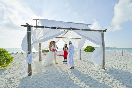 Matrimonio Simbolico Alle Maldive : Viaggio di nozze tre mete top spendendo il giusto