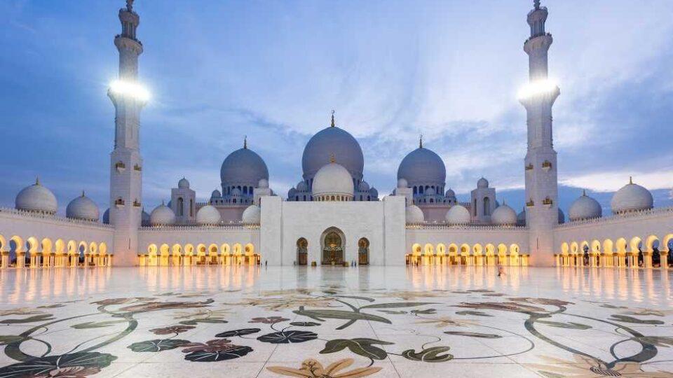 Gran Moschea Sheikh Zayed di Abu Dhabi-compressed