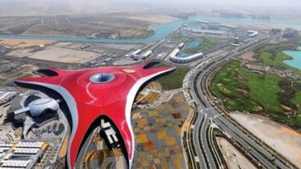 Ferrari World, panorama dall'alto