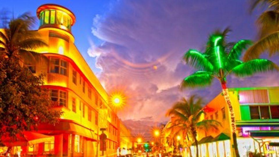 Miami Beach di sera
