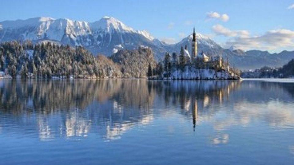 Lago di Bled in inverno