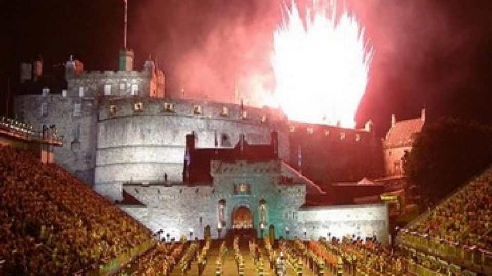 Military Tattoo Edimburgo, fuochi d'artificio sul Castello