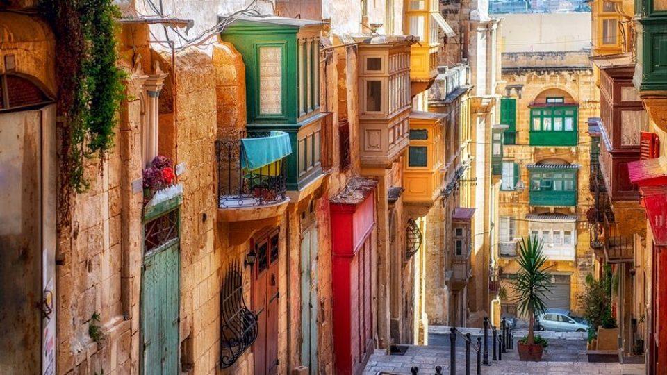La Valletta, Narrow Street