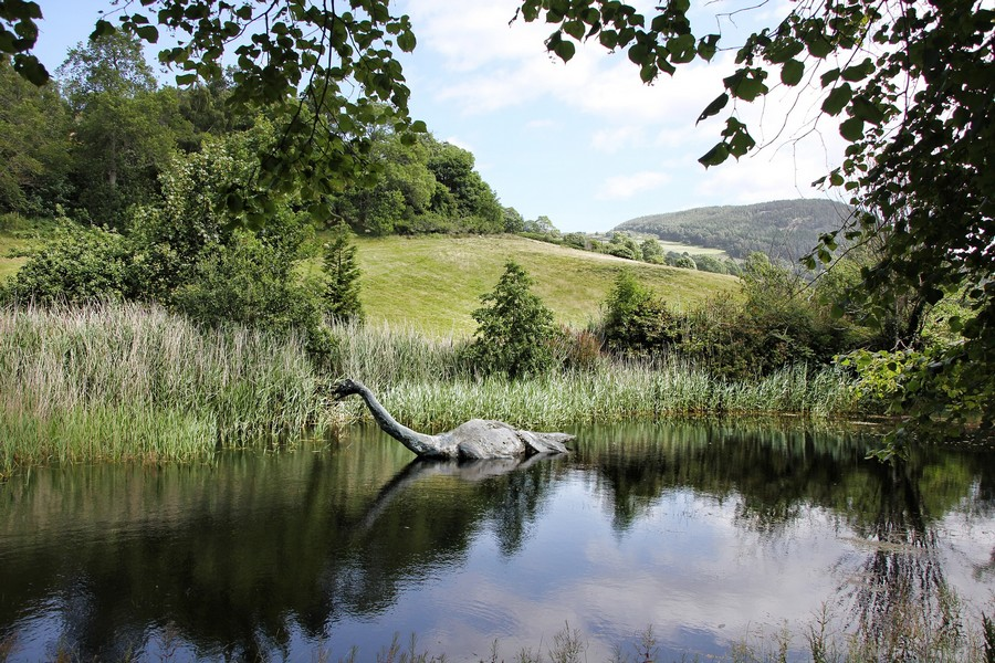 Una riproduzione del mostro di Loch Ness