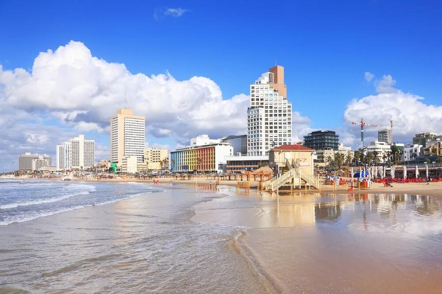 Tel Aviv, una delle spiagge attrezzate