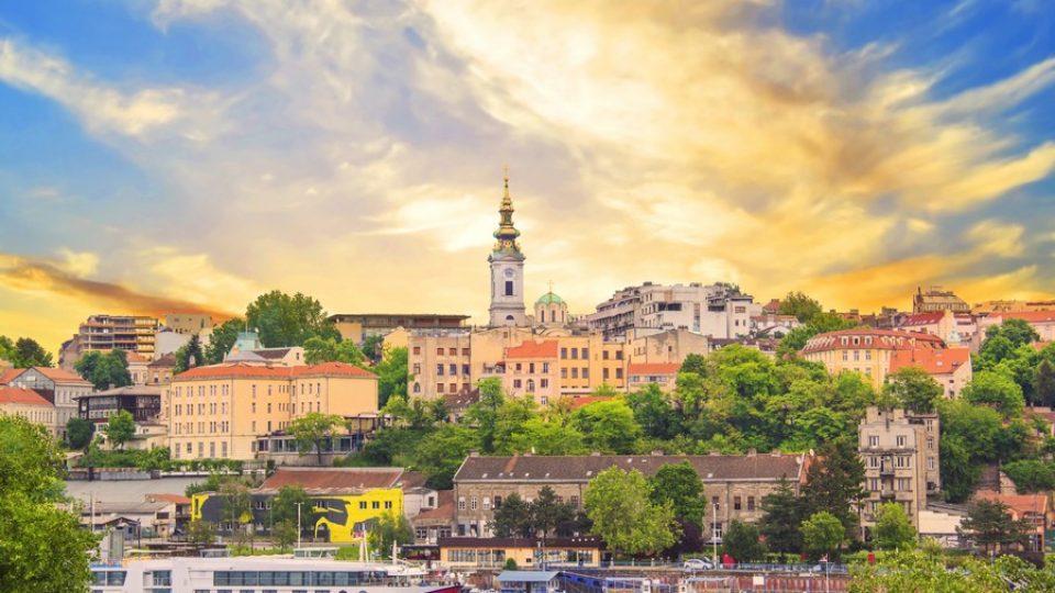 Panorama di Belgrado vista dal fiume