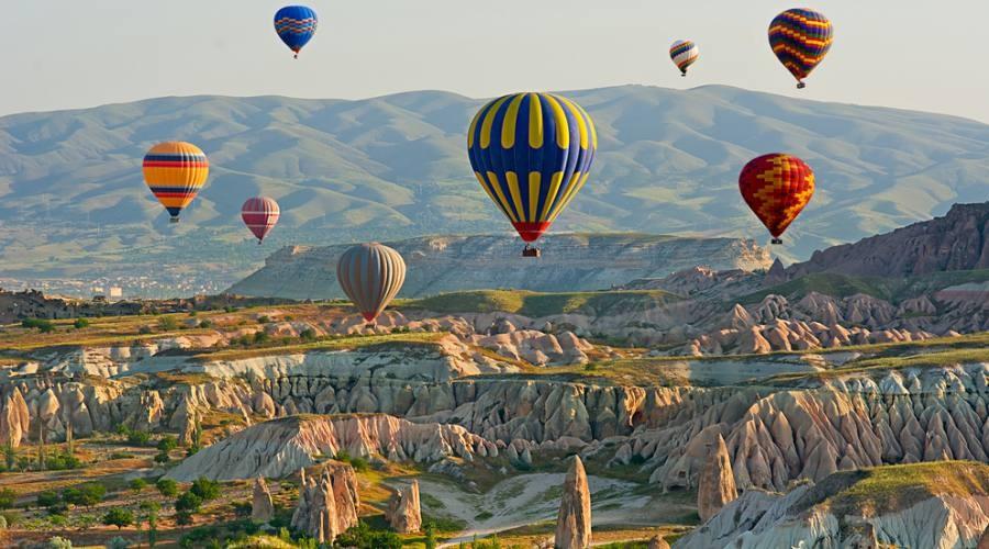 Mongolfiere in volo sulla Cappadocia