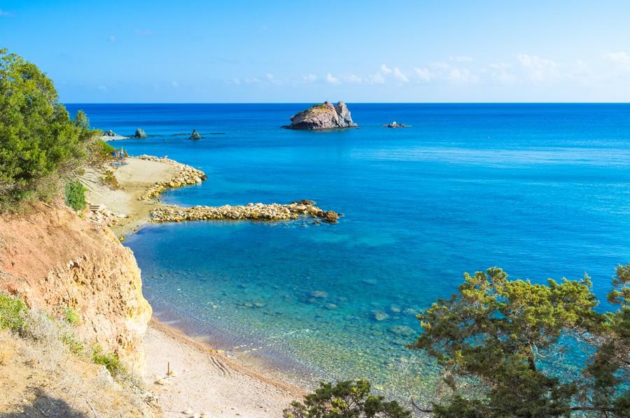 La zona dei Bagni di Afrodite a Cipro