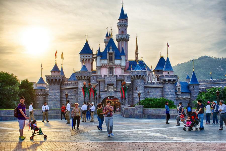 Castello Hong Kong Disneyland - ph Scott Cresswel via Flickr