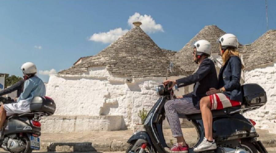 Tour della Puglia in Vespa