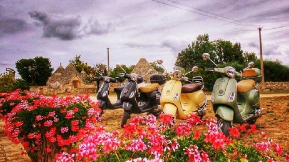 Itinerari in Vespa fra i trulli pugliesi