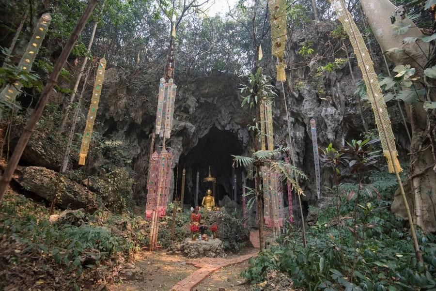 Ingresso della grotta Tham Luang