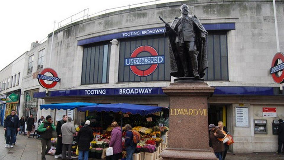 Tooting Broadway © Nigel Chadwick – Creative Commons Attribuzione-Condividi allo stesso modo 2.0 Generico – Via Wikipedia