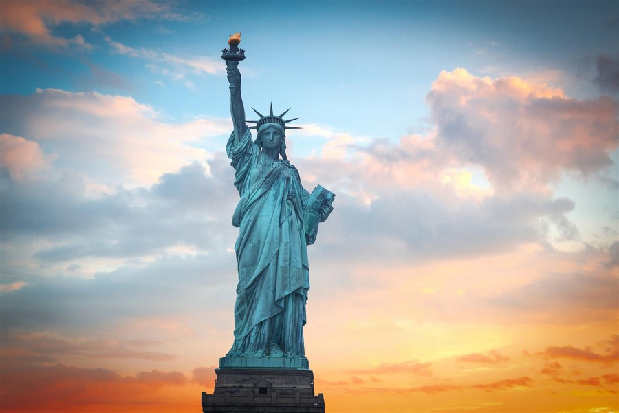 Tramonto sulla Statua della Libertà