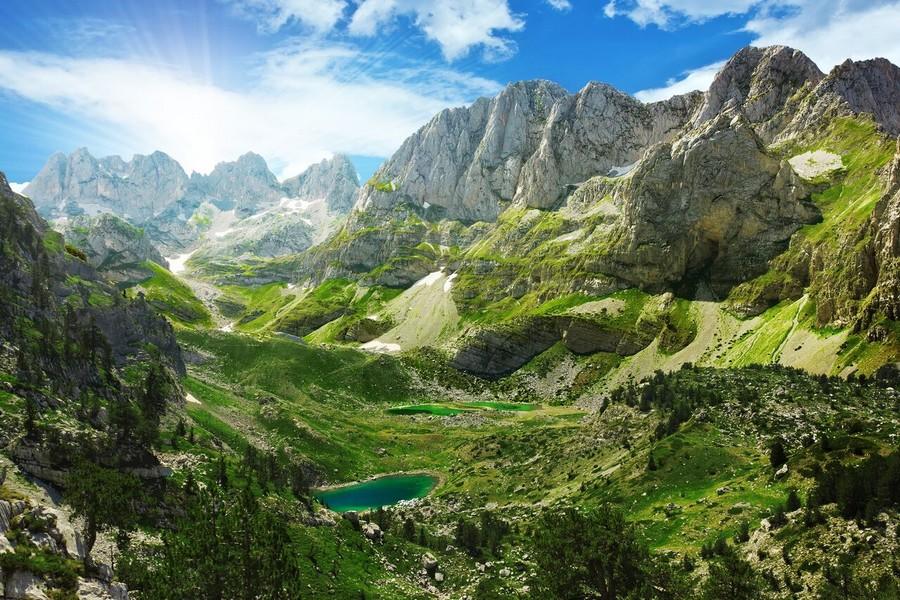 Laghi e montagne in Albania