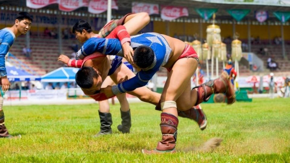 Lottatori al Naadam Festival