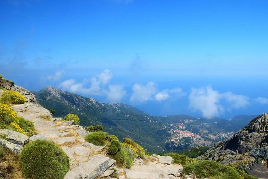 Entroterra Isola d'Elba: alture e vegetazione