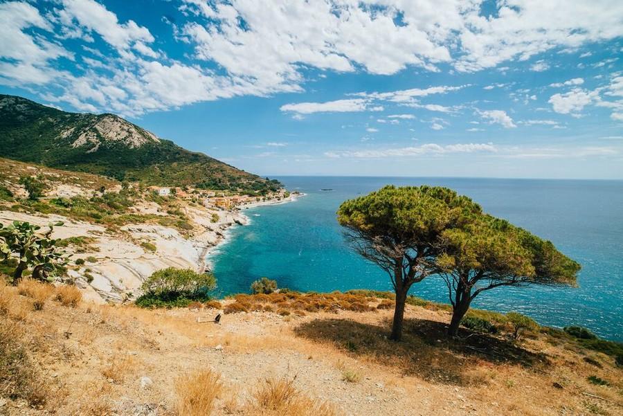 Trekking all'Elba tra mare e montagne