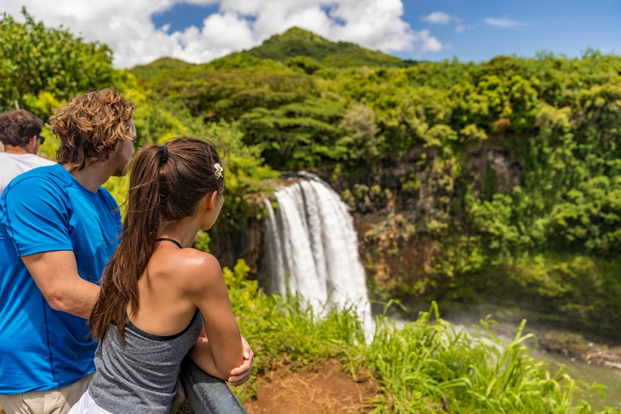 Cascate nell'area naturalistica di Kauai