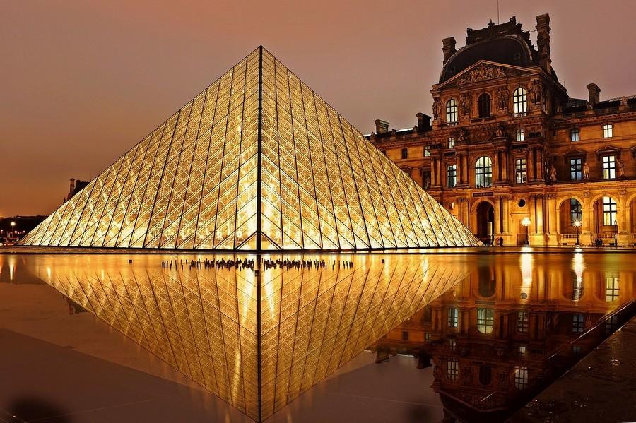 Louvre a Parigi -ph EdiNugraha via pixabay