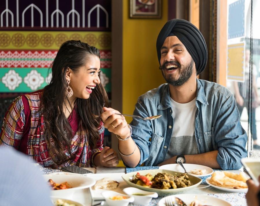Ragazzi indiani: qui l'età media è di 26 anni