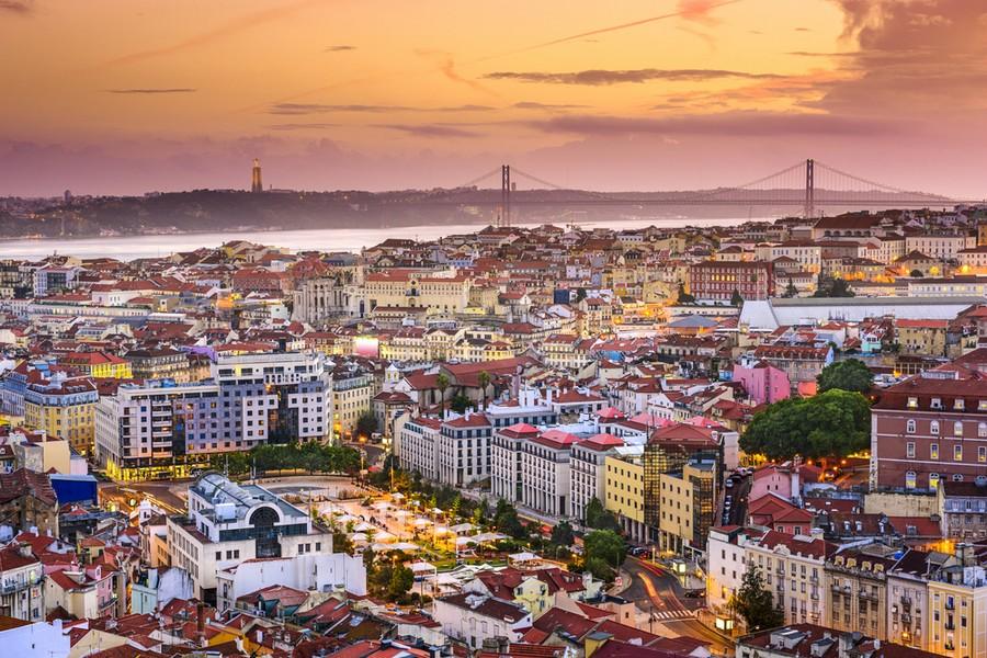 Lisbona, panorama al tramonto