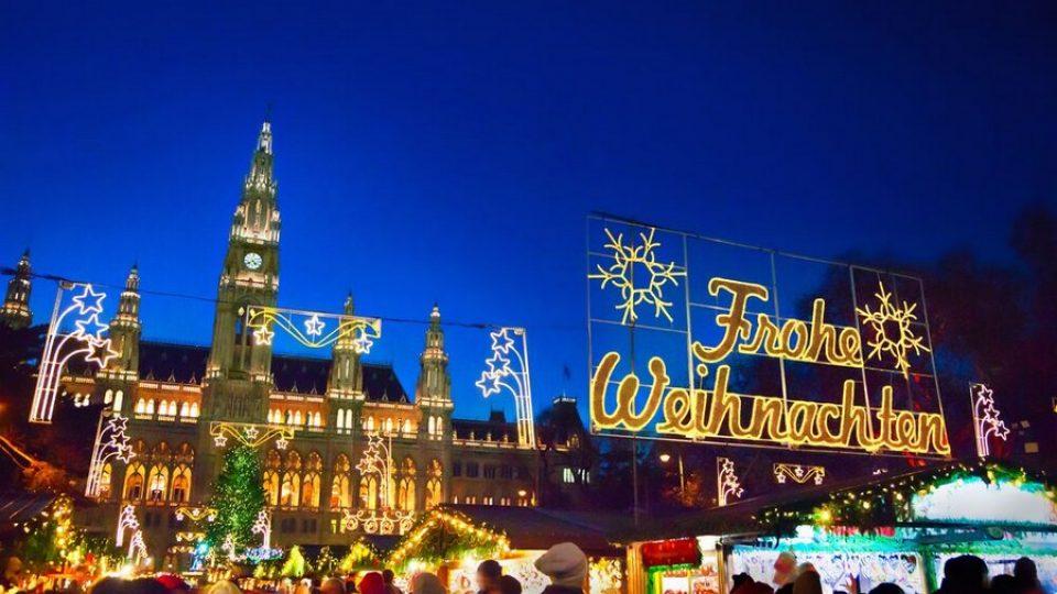 Uno dei mercatini di Natale di Vienna