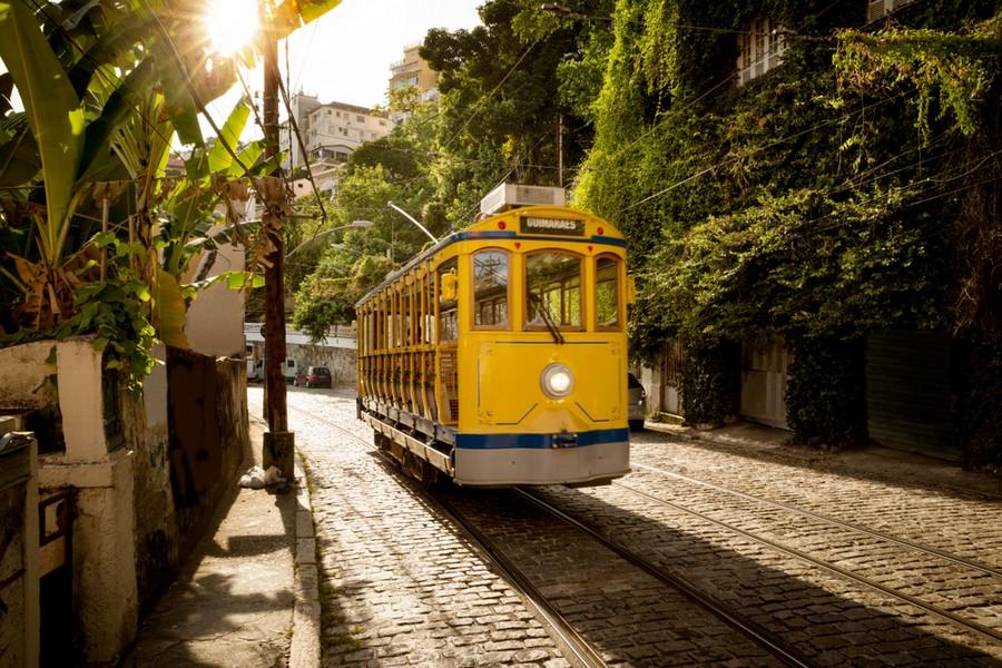 Tram nel quartiere di Santa Teresa a Rio de Janeiro