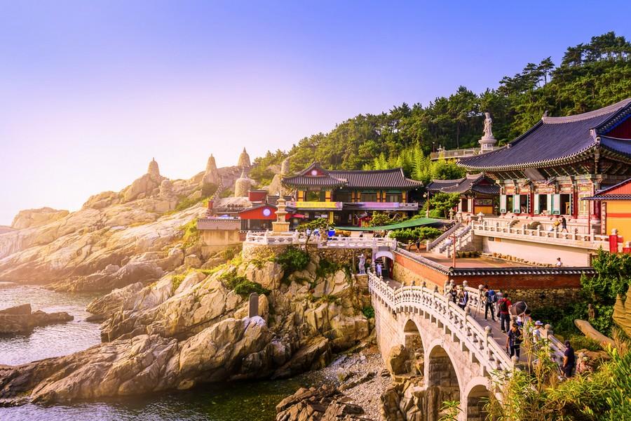 Tempio Haedong Yonggungsa a Busan, in Corea del Sud