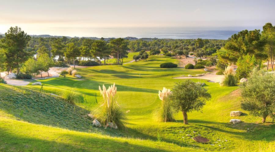 A Cipro Nord per giocare a golf in autunno