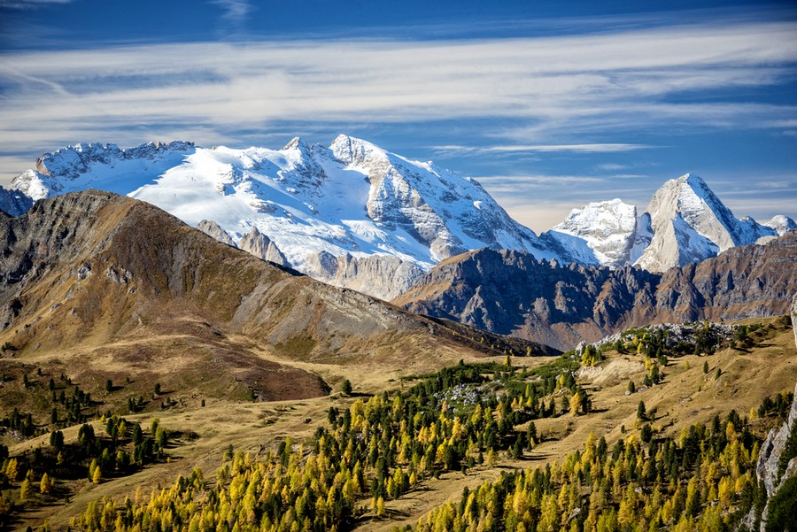 Dolomiti e ghiacciaio della Marmolada